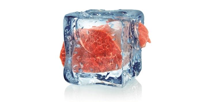 Rindfleisch in Eiswürfel