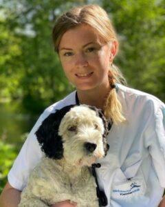 Helene Stübing ist Tierärztin und Doktorandin in der Gastroenterologie an der Medizinischen Kleintierklinik und betreut die Fragebogen-Studie