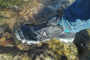 Connexis Go Schuh im Wasser